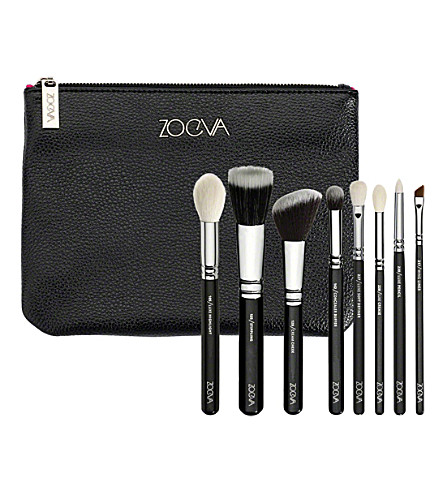 zoeva-classic-brush-set-christmas-selfridges